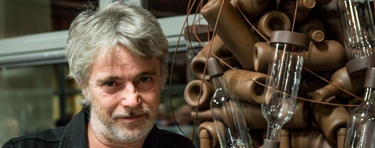 """La scultura """"Generazioni"""", Massimo Casagrande per Campagnola"""