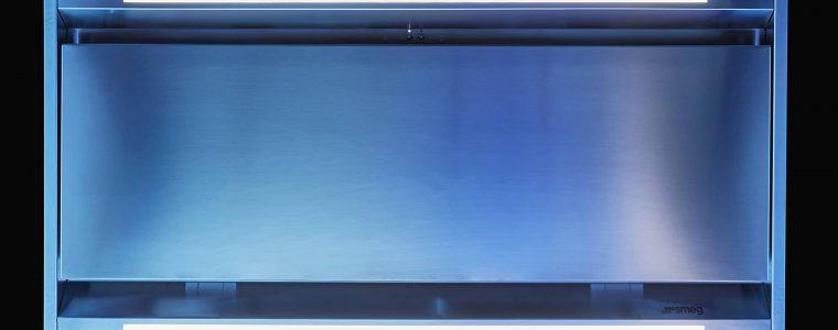 Cappa a soffitto KTL 90 LXS, il design made in Italy firmato Smeg. La tecnologia che arreda.